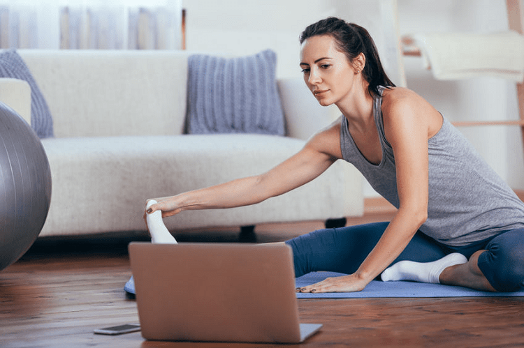 5 Best Online Yoga Teacher Training Certification Courses To Join In 2021