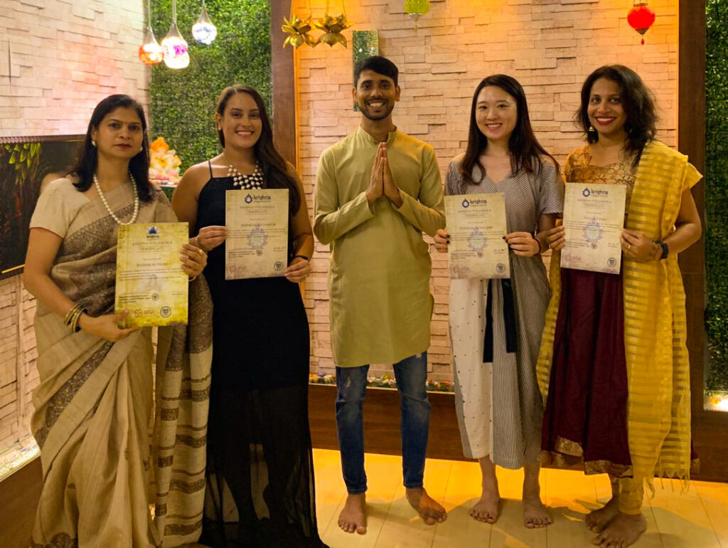 How to become a certified yoga teacher in India?