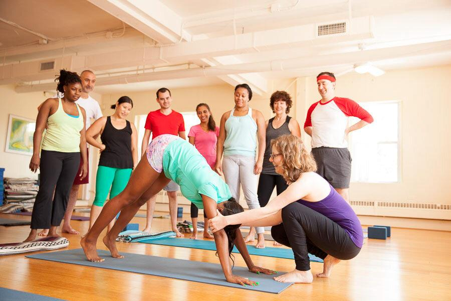 How does become a certified yoga instructor in Hyderabad?